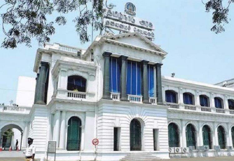 12 ஐஏஎஸ் அதிகாரிகள் பணியிட மாற்றம் ... தமிழக அரசு உத்தரவு!!