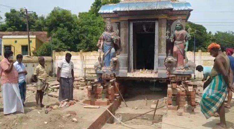 நகர்த்தி வைக்கப்பட்ட கோவில் கருவறை... நவீன தொழில்நுட்பத்தை பயன்படுத்திய கிராம மக்கள்...